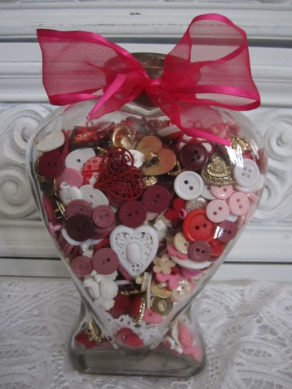 Heart Buttons & Wreath Valentines