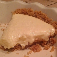 How to Make a Lemon Pie {Recipe}