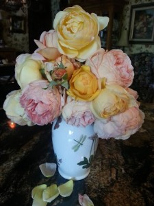 Rose Flower Arrangement