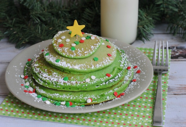 Simple, cute, fun Christmas Tree Pancakes that everyone will love!