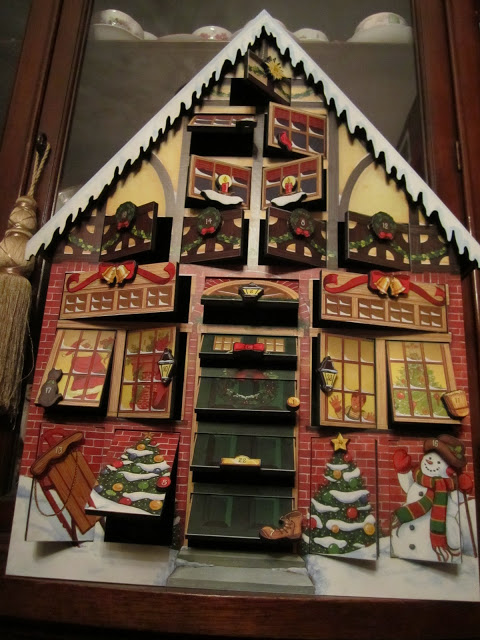 advent calendar christmas tradition wendys hat. Black Bedroom Furniture Sets. Home Design Ideas